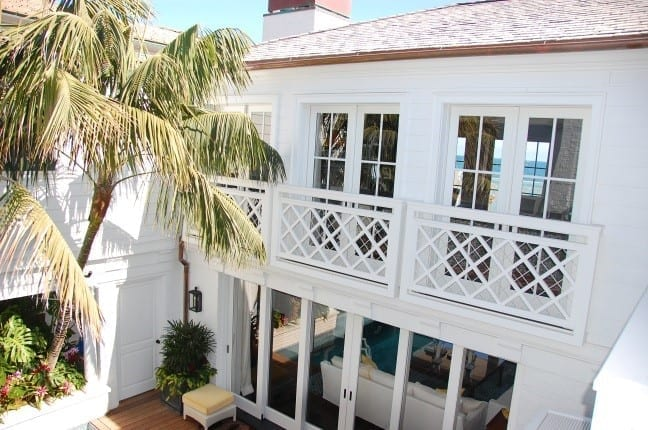 This Malibu beach house was specified with Dynamic's painted Accoya wood windows & doors